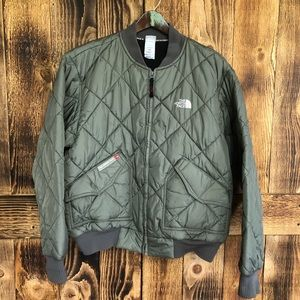 The North Face - Army Green Puffer Jacket - M